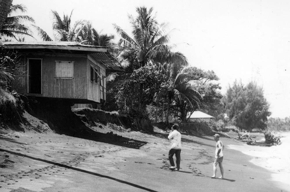 Maison sur la plage de Papara dans les années 70