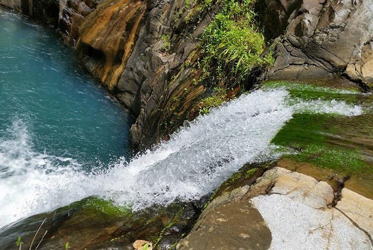 Cascade de la Maroto, dans la vallée de Papenoo. Photo Chantal-Alexandre Tahiti Iti