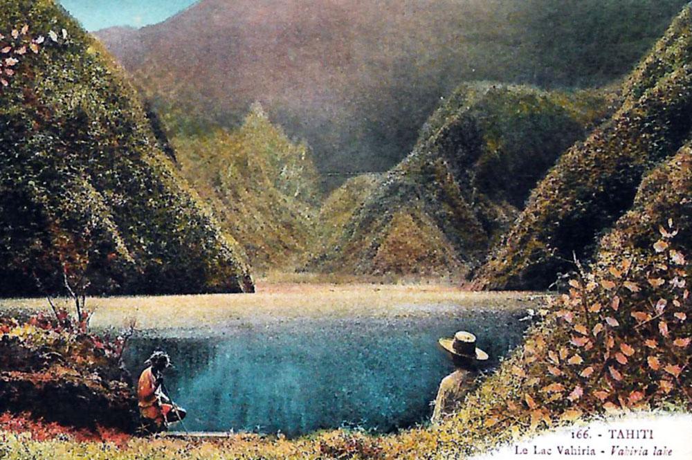 Carte postale colorée du lac Vaihiria Photo Lucien Gauthier