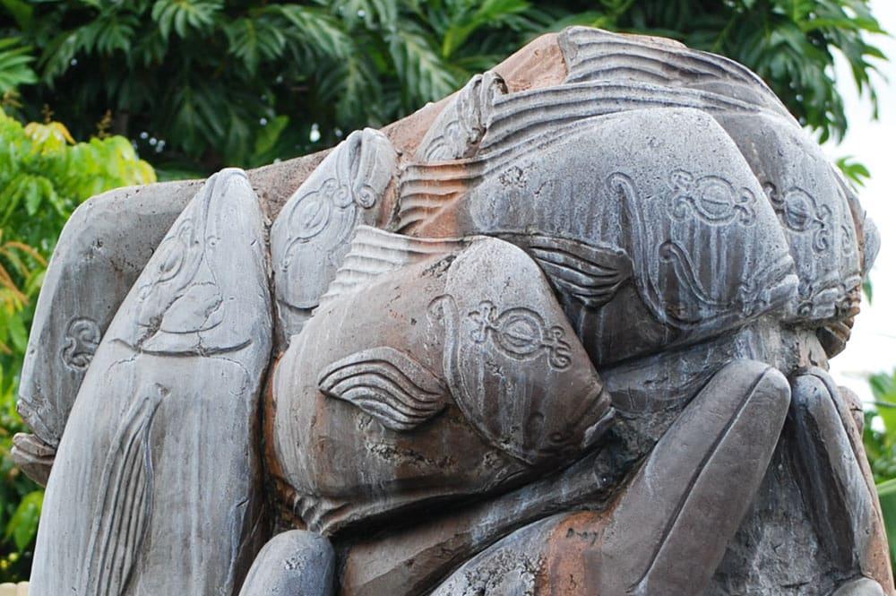 Sculpture de Umupaura, la pêche miraculeuse – Papeete