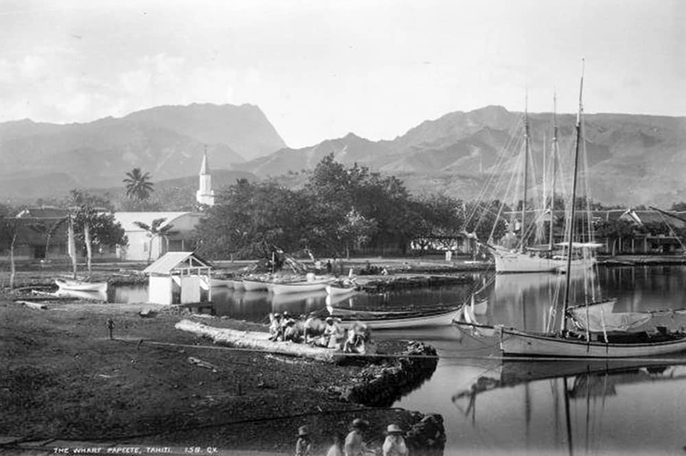 Le quai du port de Papeete en 1887. Photo George Dobson Valentine
