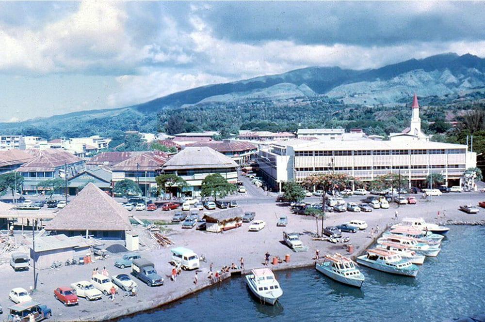 Le quai du commerce de Papeete en 1965