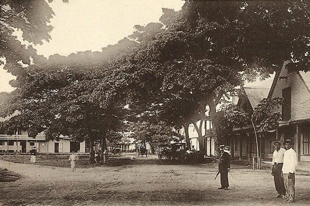Le quai du Commerce à Papeete en 1920. Photo Bobb du Pont