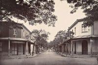 La rue de la petite Pologne (rue Gauguin) en 1900. Photo Francis Homes.