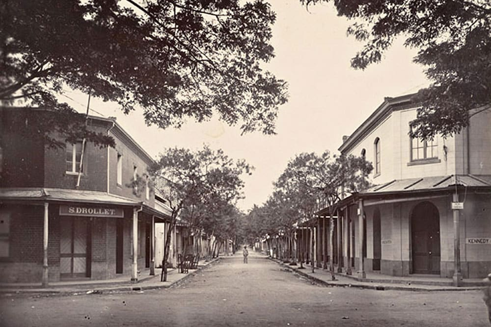 La rue de la petite Pologne en 1900. Photo Francis Homes.