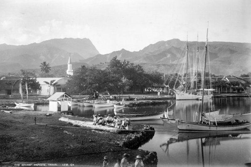 Le quai du port de Papeete, en 1887. Photo George Dobson Valentine