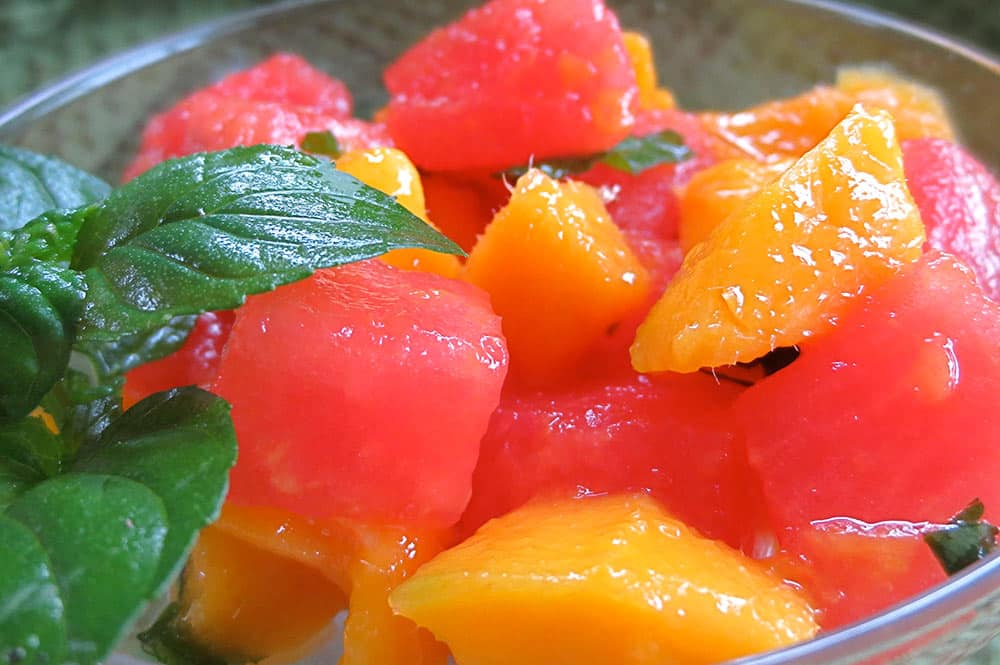 Salade de mangue et pastèque