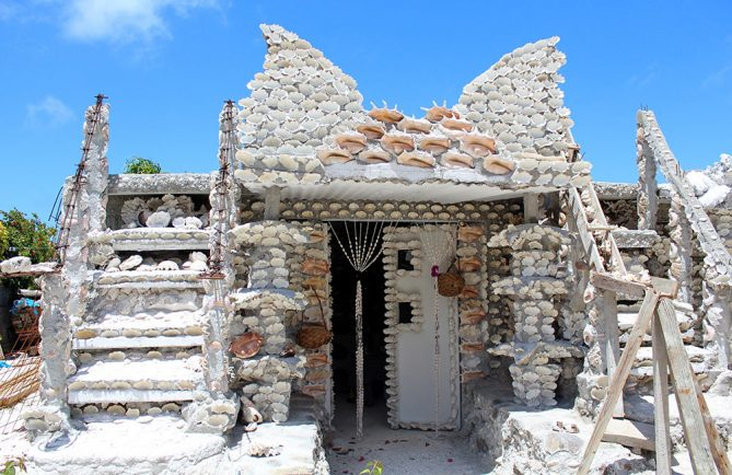 Maison en coquillage de Maupiti. Photo lesaventuresdemariane