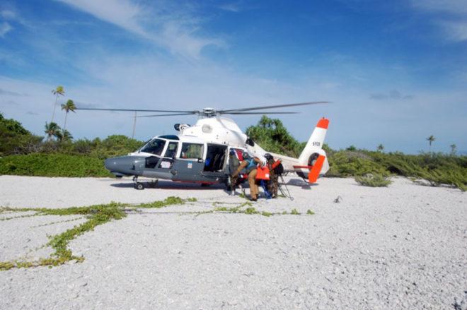L'hélicoptère Dauphin au secours du rescapé de Anuanuraro