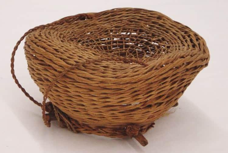 Nasse à poissons réalisée en racines de ieie (Freycinetia arborea)