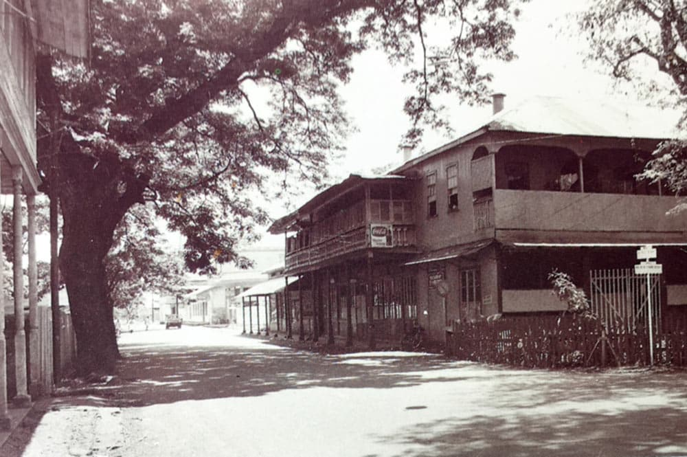 Le restaurant Le Diadème, rue de Rivoli en 1950