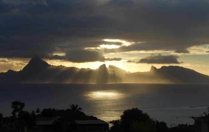 Coucher de soleil sur Moorea