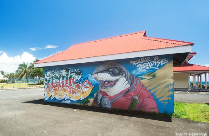 Les requins de Nilko et Inkie, à Uturoa