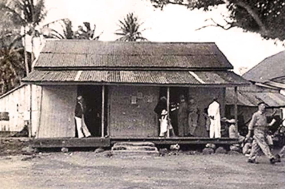 Magasin Achou devenu Chin Lee à Bora Bora vers 1940